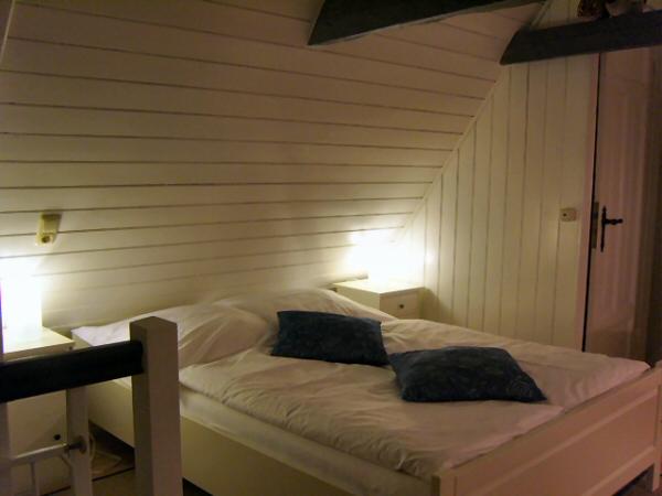 Dachzimmer  Fotoimpressionen - Historisches Balkenhäuschen